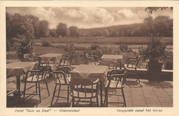 Koninginneduinweg, Hotel Duin en Daal, Terras