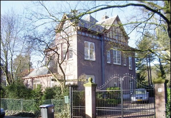 Ruysdaelweg 12