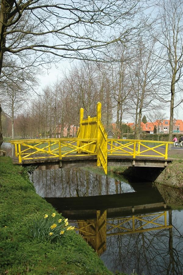 Elswoutslaan bij 10 De gele brug op Elswout
