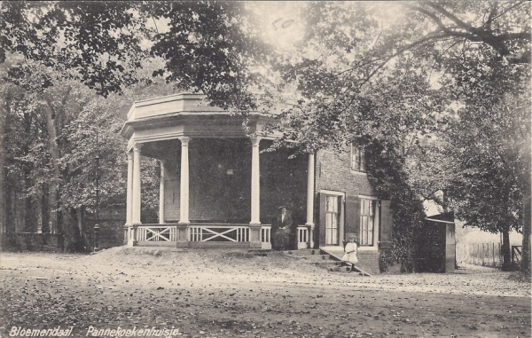 Mollaan, Pannekoekenhuisje (3)