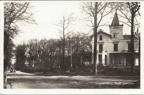 Vogelenzangscheweg, Hoek Bekslaan, Casa Carmeli , 1949