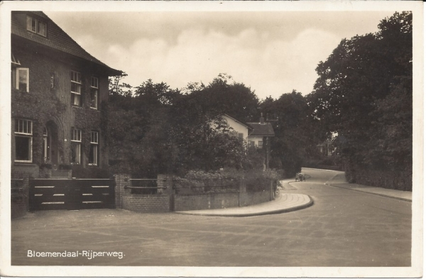 Rijperweg, hoek Bloemendaalscheweg, 1944