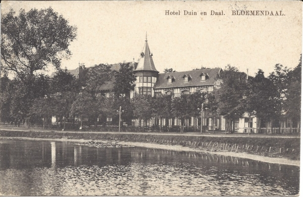 Koninginneduinweg, Hotel Duin en Daal, 1912