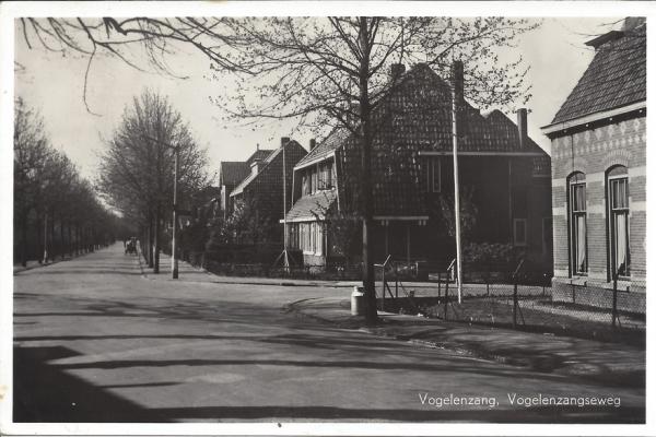Vogelenzangscheweg, Kerkweg, 1956